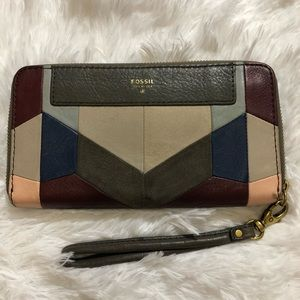Fossil Grey Patch Leather Wristlet Wallet Clutch